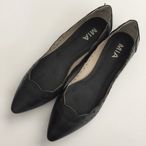 MIA Scallop Edge Flats